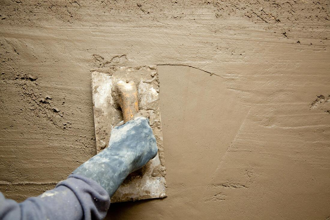 lakeland stucco repair pros water proofing and stucco patching.